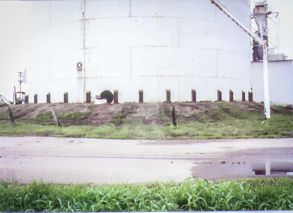 Grain Bin Foundation Failure and Recovery