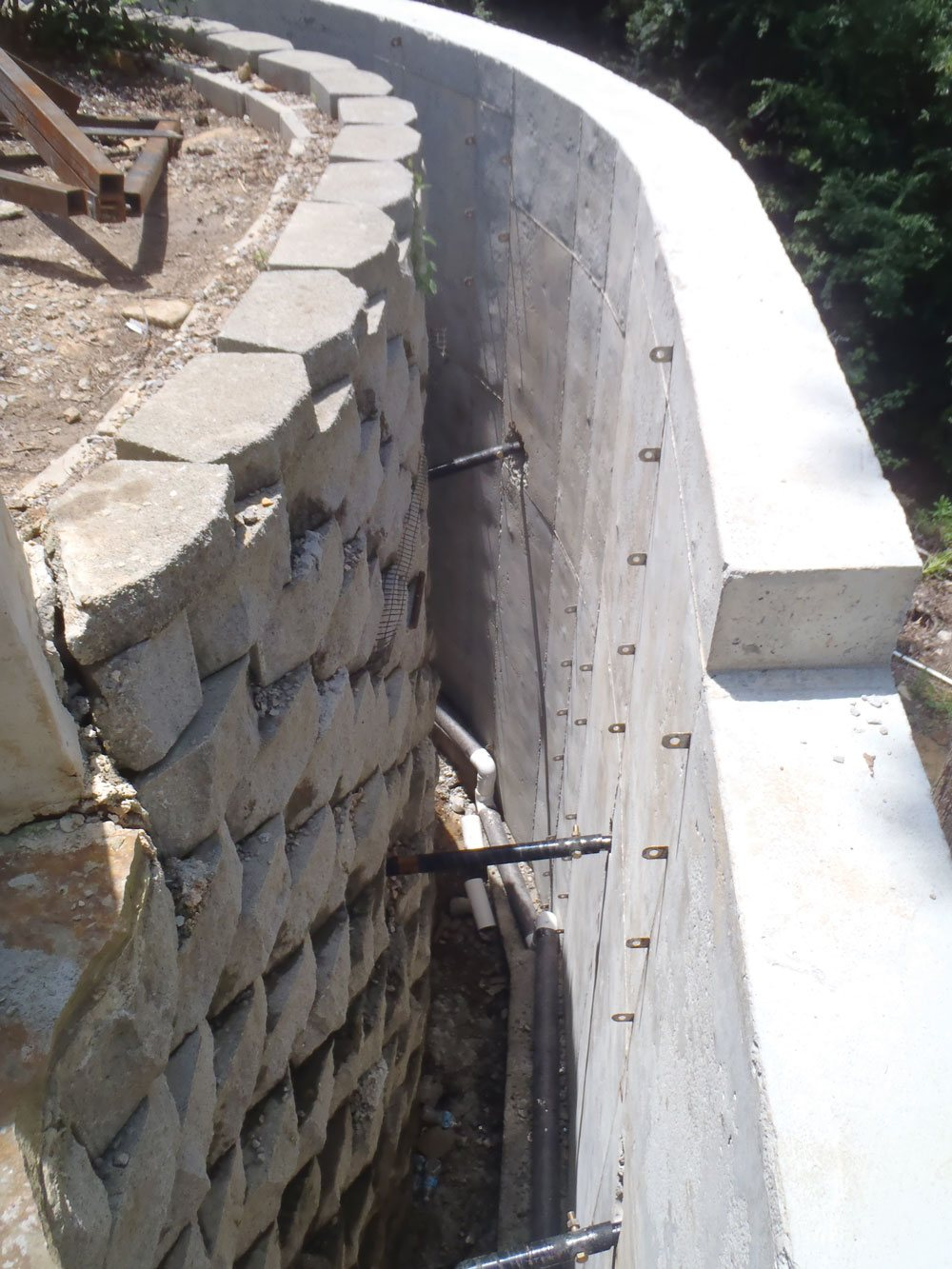 Recovery of Complex Retaining Wall System